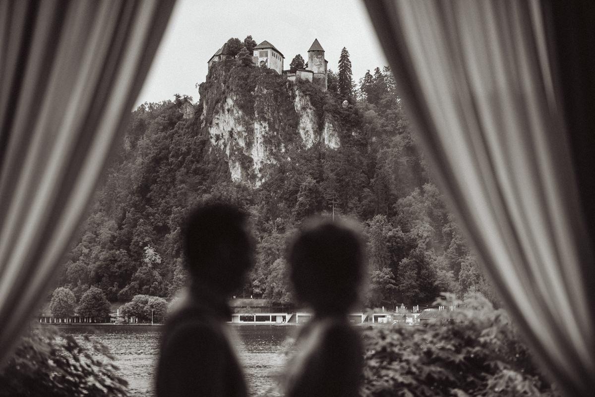 poroka bled grad blejski otok wedding castel grand hotel toplice poročni fotograf poročna fotografija 082 - Wedding on Bled: Sara + Primož