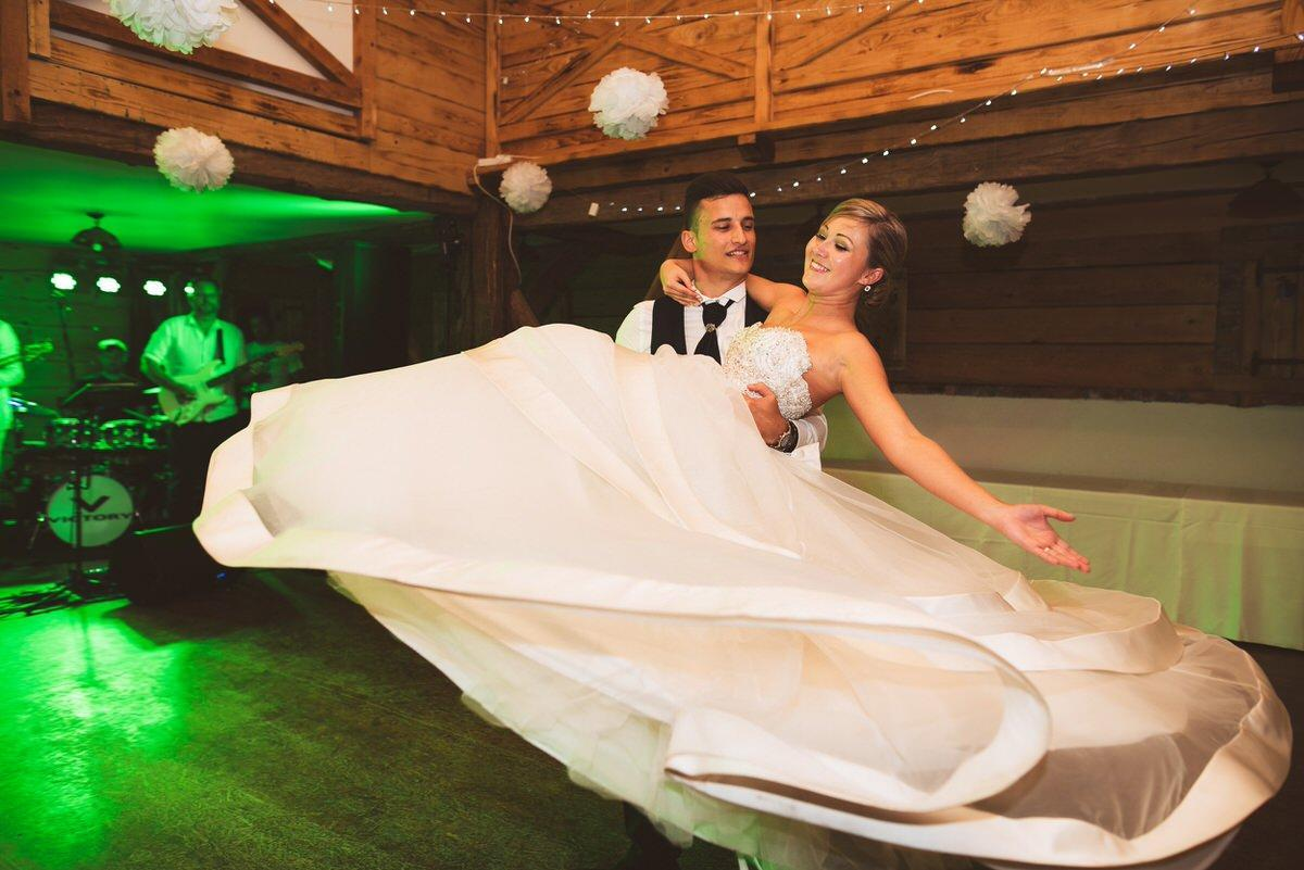 ameriska sanjska poroka 214 - Autumn wedding: Tjasa + Dino