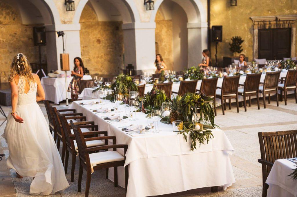poroka grad otocec 03 1024x681 - Relais Chateaux Castle Otočec wedding