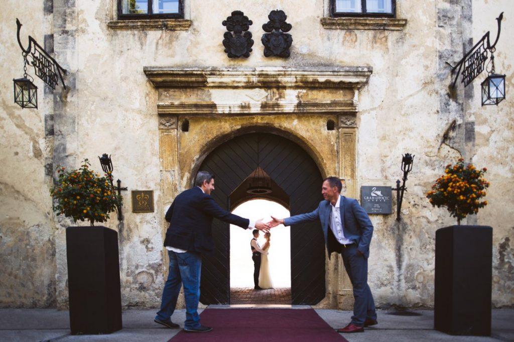 poroka grad otocec 37 1024x681 - Relais Chateaux Castle Otočec wedding